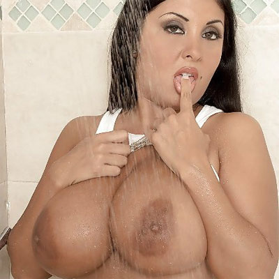 Big Wet Tits with Daylene Rio