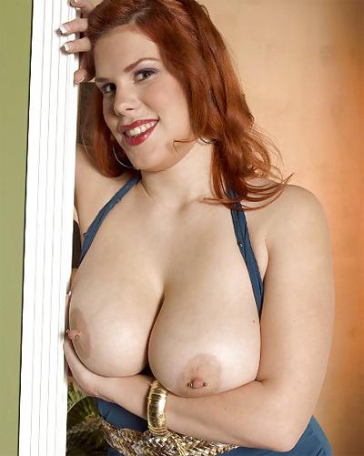 Jolie Rain Busty Sexaholic